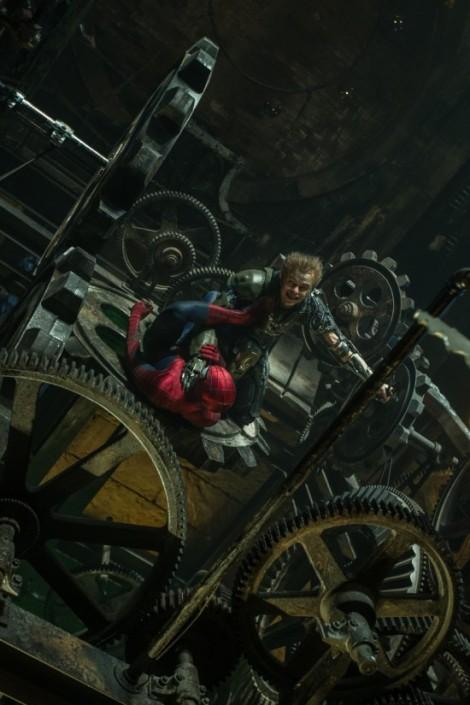 Amazing-Spider-Man-2-Green-Goblin-550x825